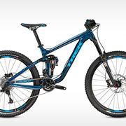 Una mountain bike full da trail